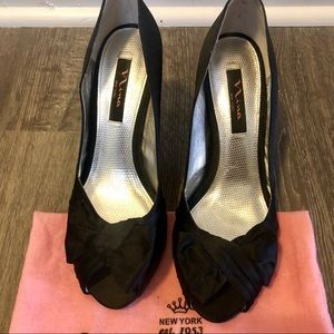 Nina Black Bow peep-toe heels